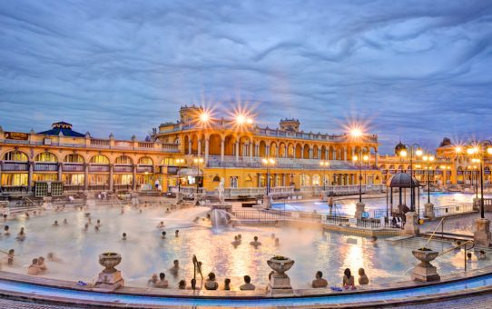 szechenyi baths at dusk. Credit Hungarian Tourism Ltd