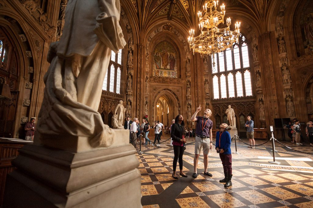Tour of the Houses of Parliament | Ladies What Travel 11