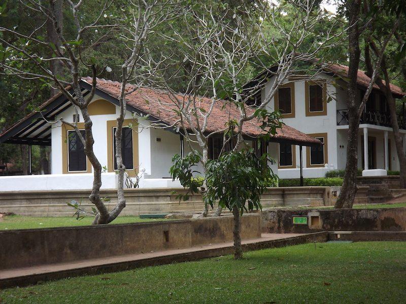 cinnamon lodge bungalow