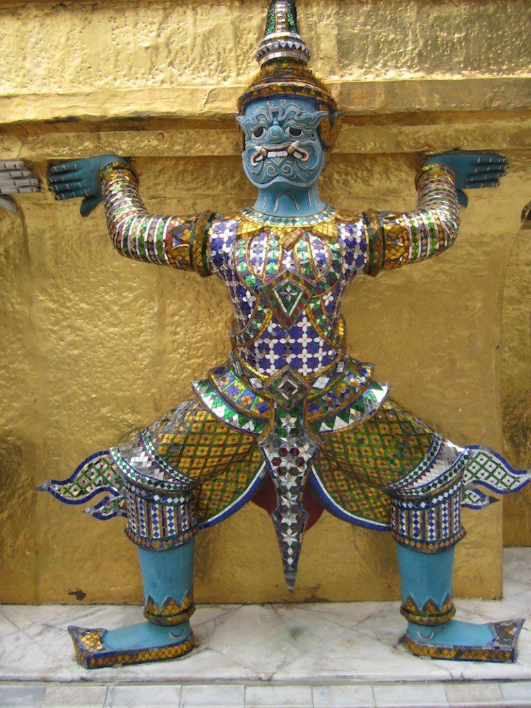 Statue grand palace bangkok