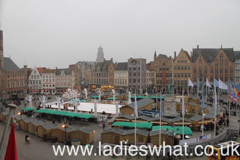 The Christmas market in Bruges' Markt.