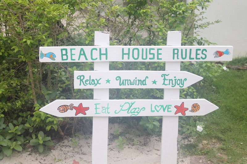 Momo Beach House rules