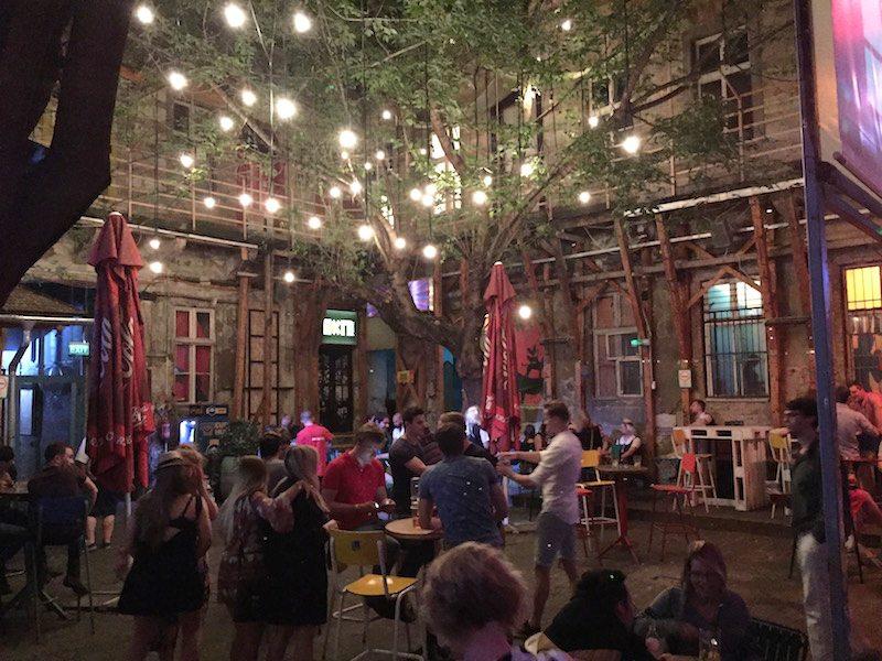Visit Budapest: Fogas Haz ruin pub budapest