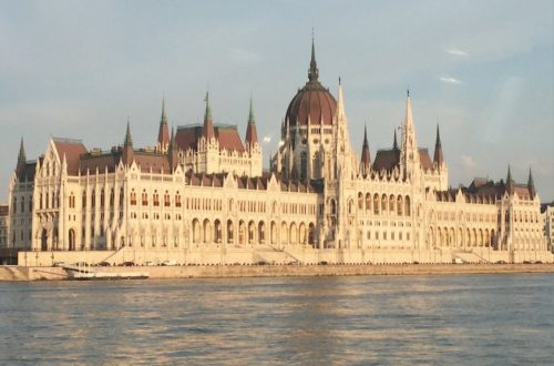 Visit Budapest: The beautiful parliament building.