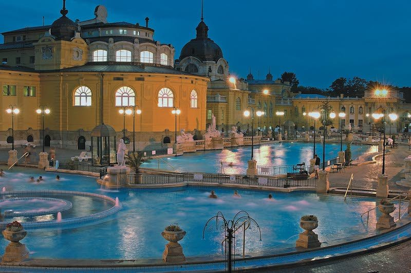 szechenyi baths at dusk. Credit Hungarian Tourism Ltd