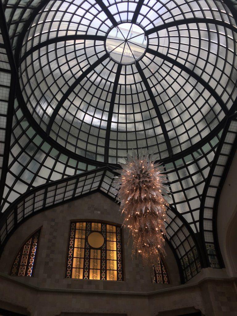 Gresham Palace chandalier