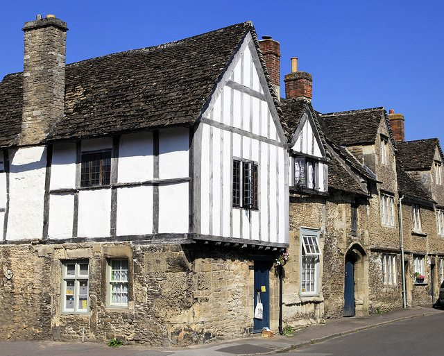 Gorgeous houses everywhere you look in Lacock!