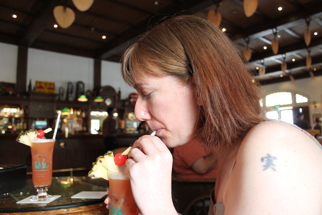 Singapore Sling Raffles | Ladies What Travel