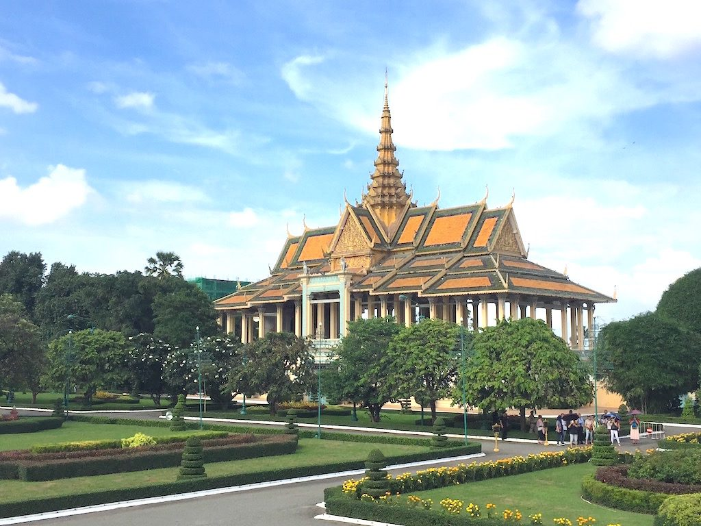 Royal Palace - Ten pictures to inspire Wanderlust for Phnom Penh | Ladies What Travel