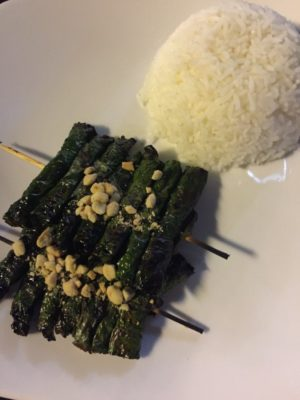 Restaurants in Phnom Penh grilled betel leaf with marinated beef| Ladies What Travel