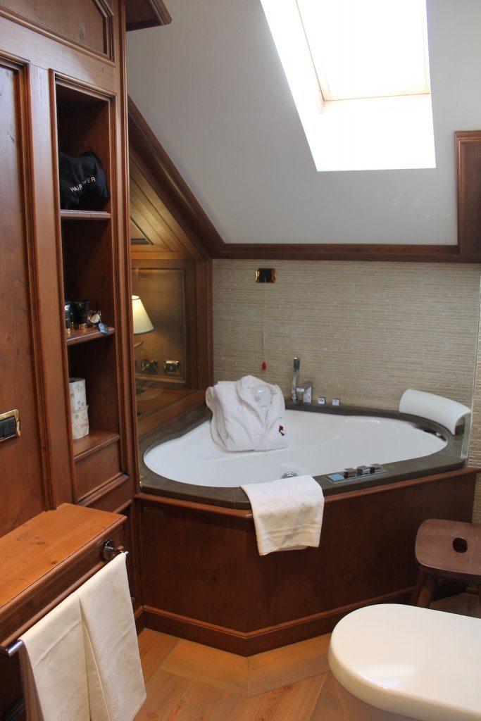 Luxury bathroom Hotel Ambra Cortina