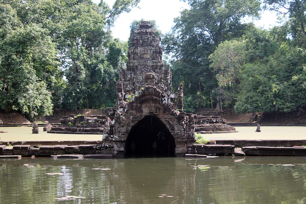 Neak Pean Cambodia | Ladies What Travel