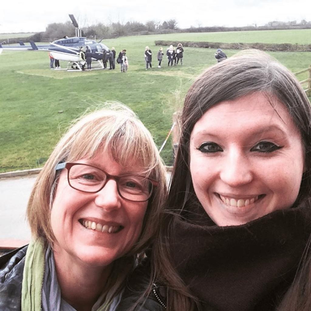 Laura and her mum | Ladies What Travel
