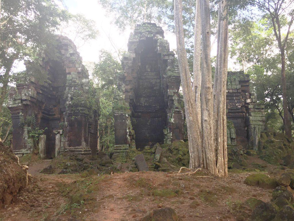 Prasat Pram temple | Ladies What Travel