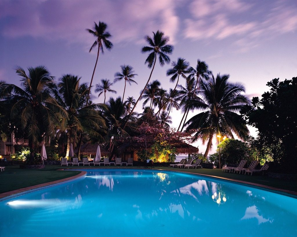 Affordable Luxury Travel: How to Enjoy the High Life at Low Cost!