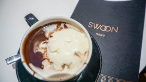 Hot chocolate at Swoon