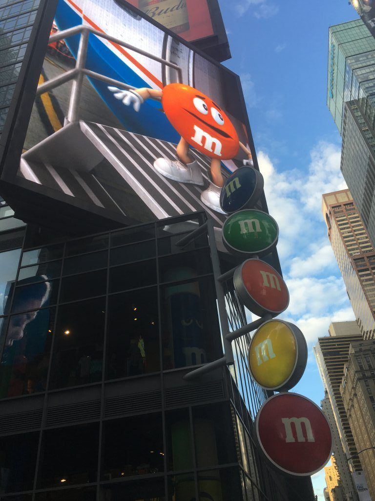M&M World sign