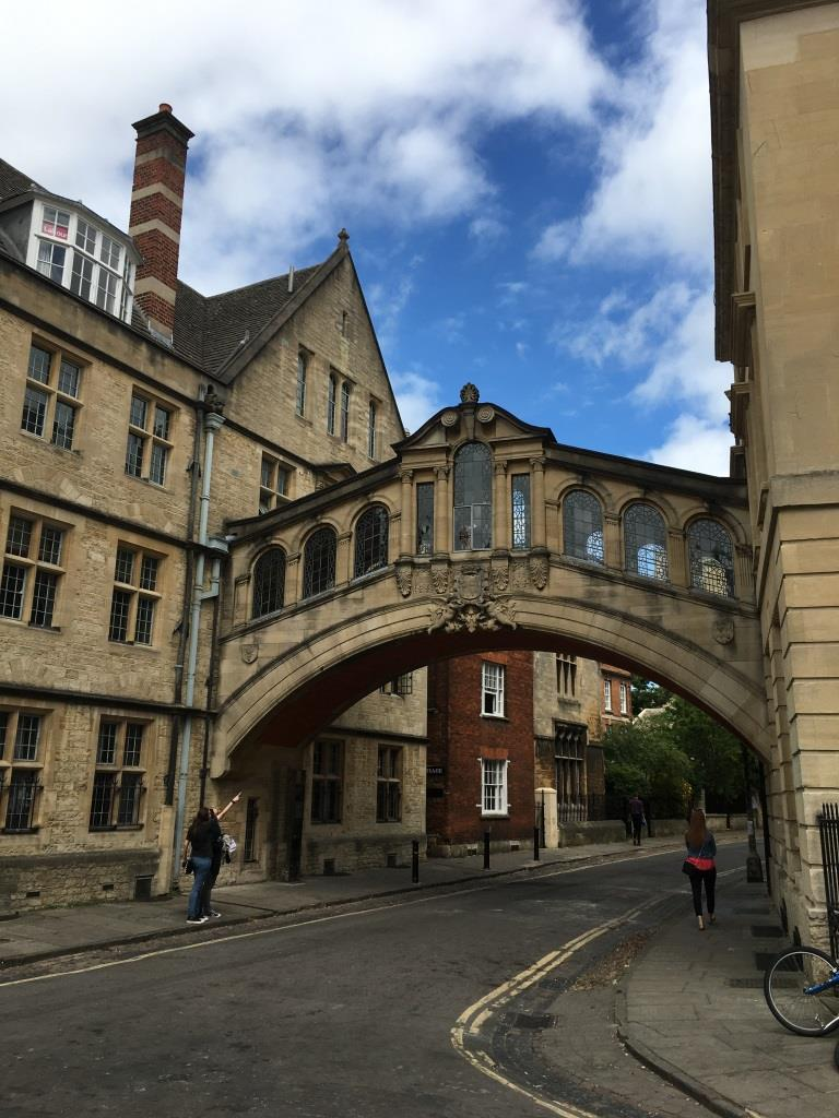 A Discovery of Witches, Oxford, Bridge of Sighs