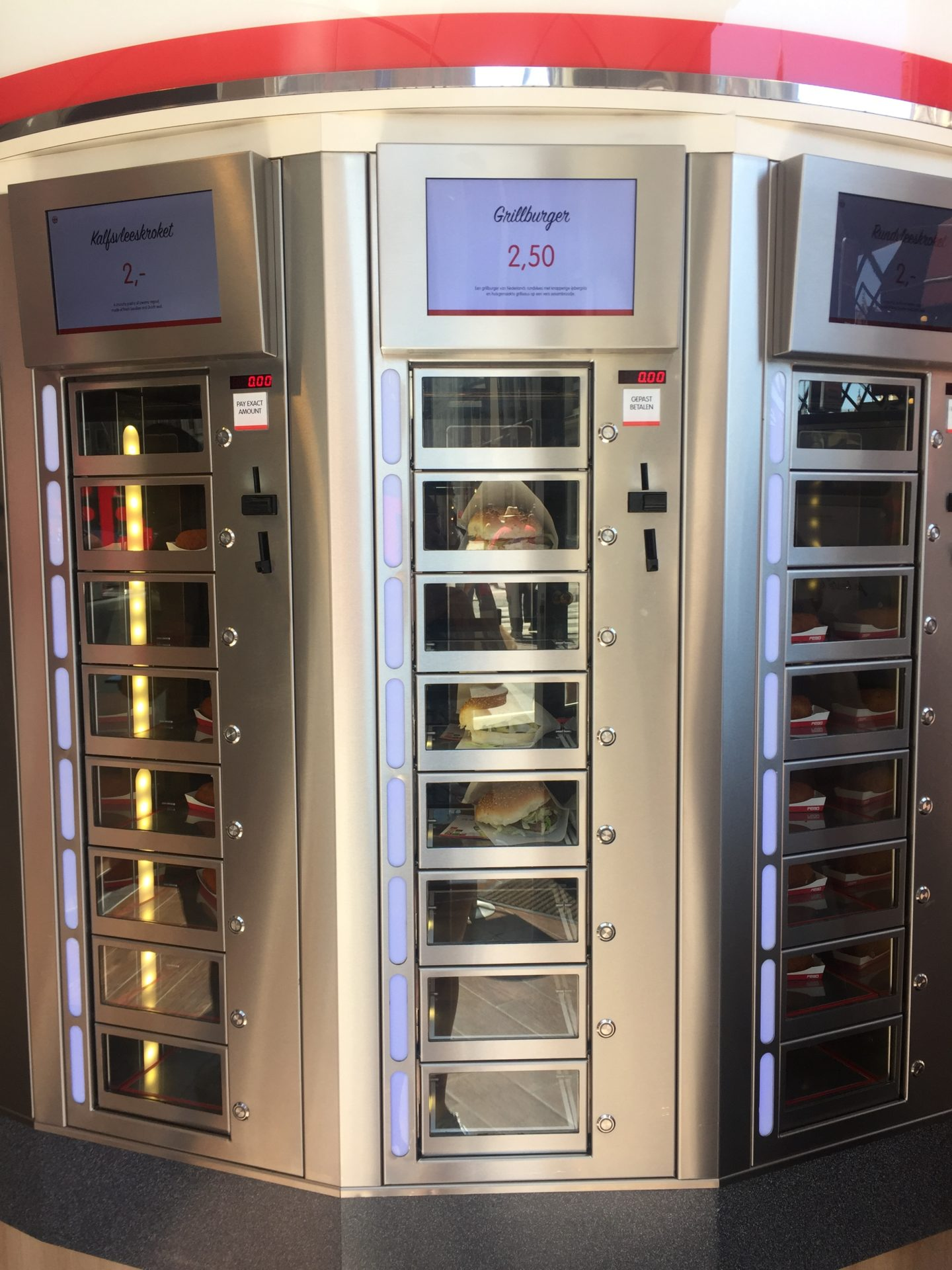 One of the vending machines at Automatiek FEBO