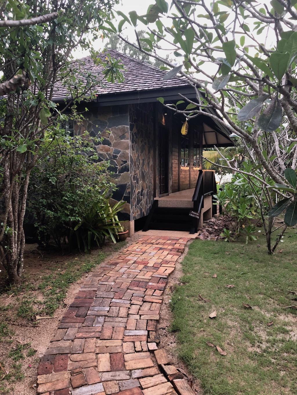 Koh Jum Beach Villas review 15
