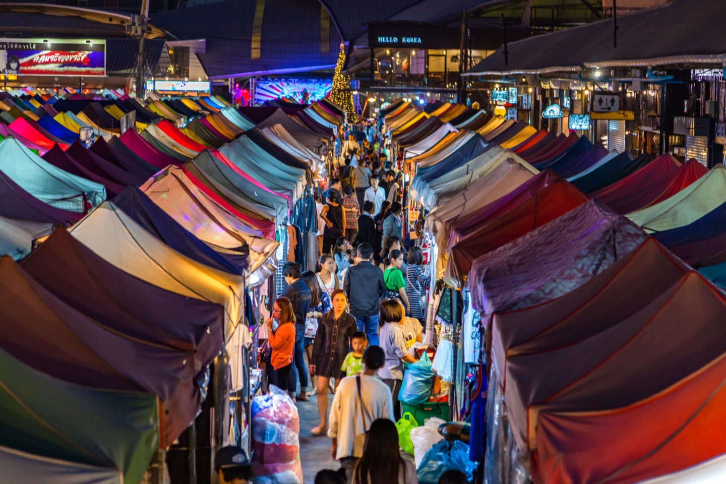Best Night Markets in Bangkok | Ladies What Travel Image credit: Tourism Authority of Thailand (TAT)